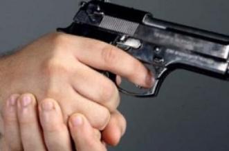 ضابط شرطة يشهر سلاحه لتوقيف متورط في سرقات عنيفة بفاس