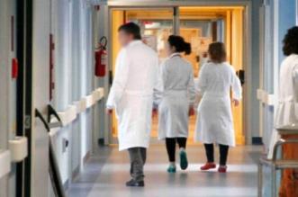 أطباء يتطوعون لتخفيف الضغط على مستشفيات المملكة