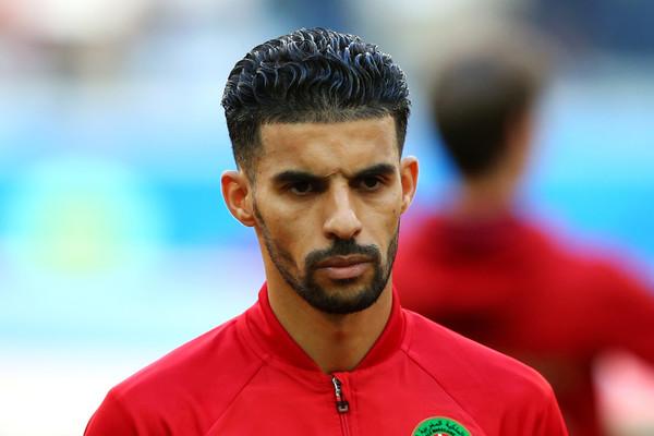 """ذكرت مجلة """"سبورت فوت"""" البلجيكية أنه قد تم اختيار نجم المنتخب الوطني المغربي و أندرلخت البلجيكي السابق مبارك بوصوفة كأفضل لاعب احترافي بالدوري البلجيكي."""