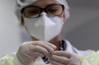 """بشرى سارة.. نجاح أول لقاح في العالم مضاد لفيروس """"كورونا"""""""