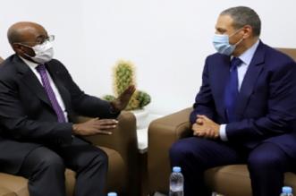 وزير الشؤون الخارجية الغابوني يجدد من العيون دعم بلاده الثابت لمغربية الصحراء