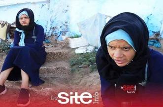 """متشردة تعيش وسط الكلاب بالمحمدية: .""""أنا معذبة بزاف .. وبغيت يديوني لشي خيرية حيث أنا حاملة-فيديو"""
