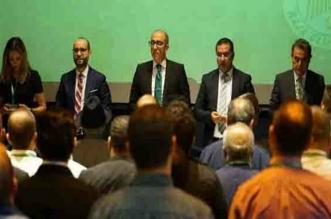 الزيات يتمسك بقرار استقالته والمنخرطين يقترحون موعدا جديدا للجمع العام
